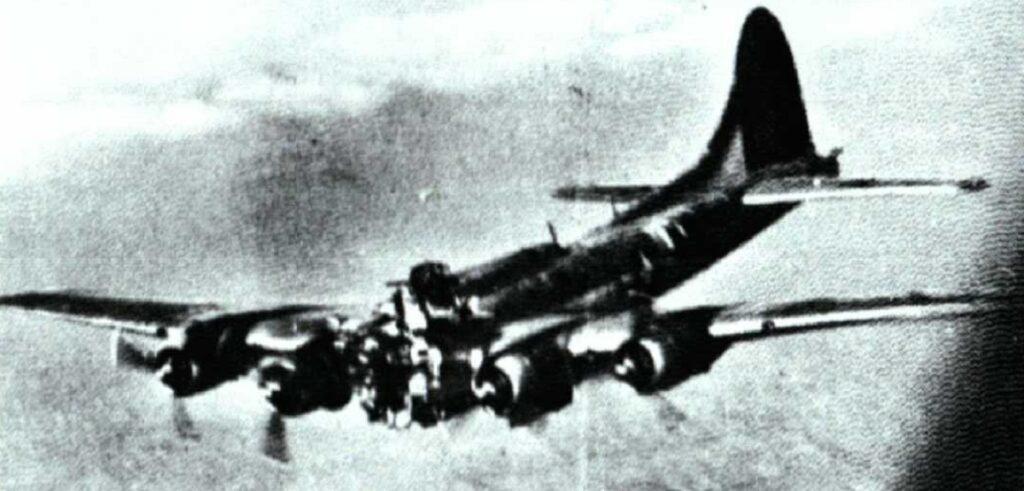 Headless-B-17-Flying-Fortress.jpg