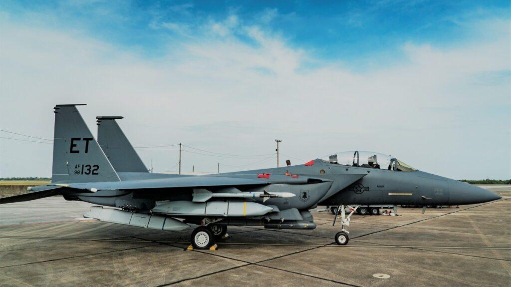 F-15E-JASSM.jpg