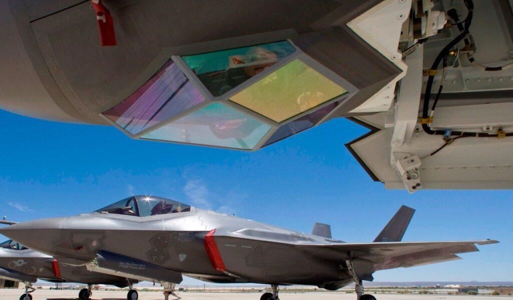 F-35-Lightning-II-Electro-Optical-Targeting-System.jpeg