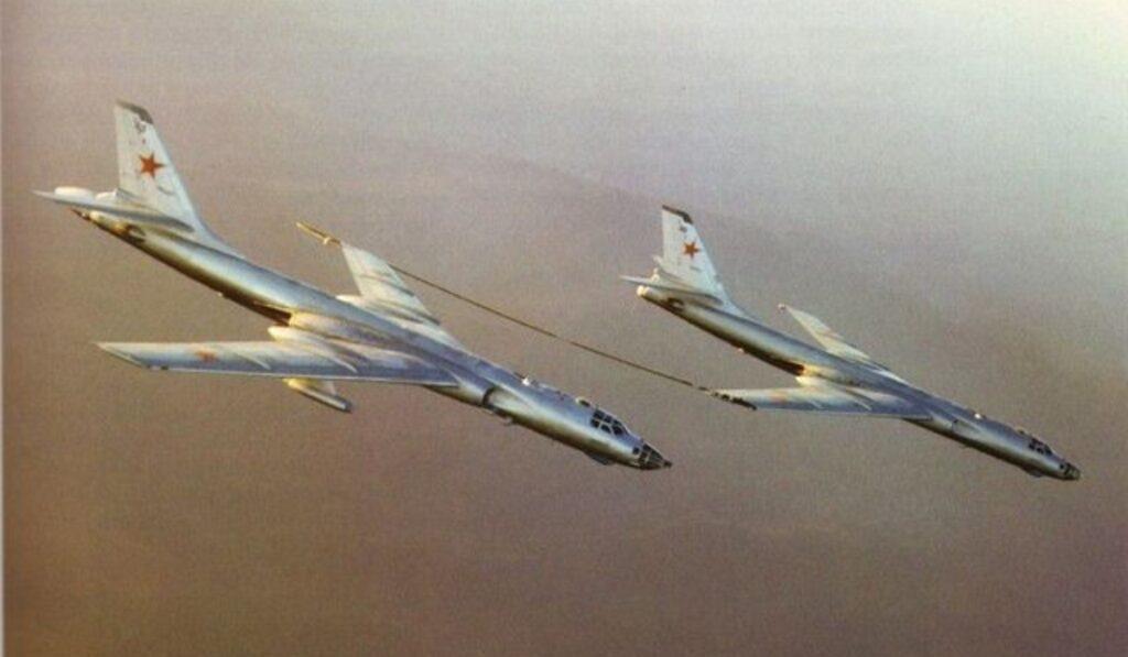 Tu-16-Badger-wing-to-wing-IFR.jpg